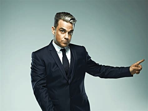 robbie williams swing tour robbie williams swings both ways tour dates 2017