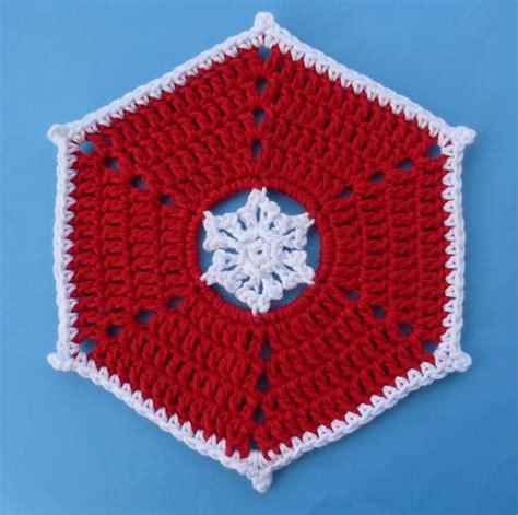 easy crochet christmas crafts crochet snowman jar cozy allfreechristmascrafts