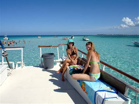 catamaran sailing grand cayman grand cayman stingray city buccaneer catamaran excursion