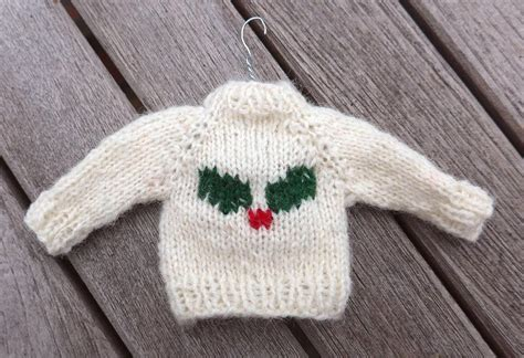 knitting pattern xmas jumper 11 festive free knitted christmas ornaments