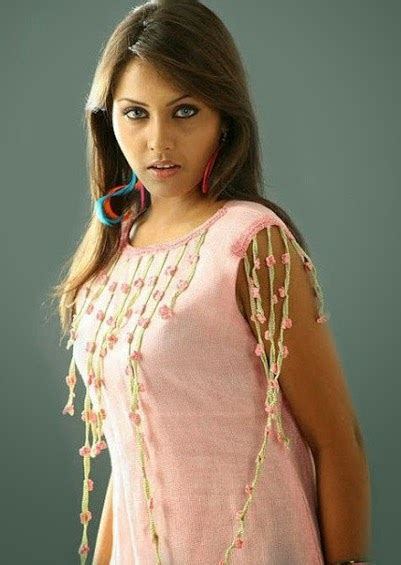 actress shalini father name hot pictures south indian actress madhu shalini hot