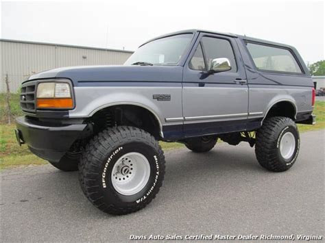ford bronco lifted 1994 ford bronco xlt lifted 4x4