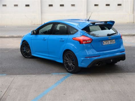 racing seats toronto preview ford focus rs a hatch toronto