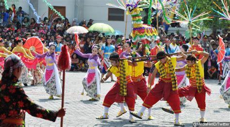 seni budaya indonesia seni budaya indonesia