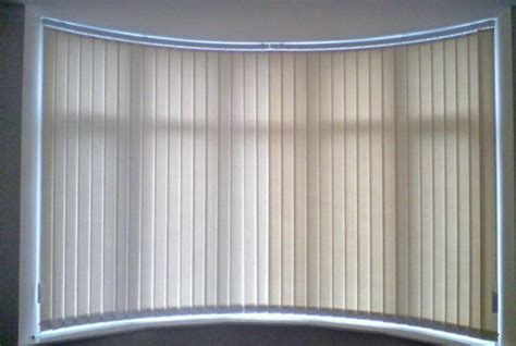 bow window shades 28 window shades bow window blinds vertical blinds