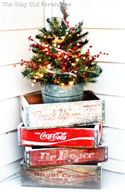 Country Style Home Decor Ideas festive christmas porch decorating ideas landeelu com