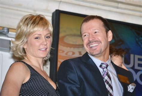 blue bloods the cast of blue bloods visits the new york stock
