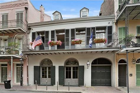 angelina jolie mansion brad pitt and angelina jolie s new orleans mansion is up