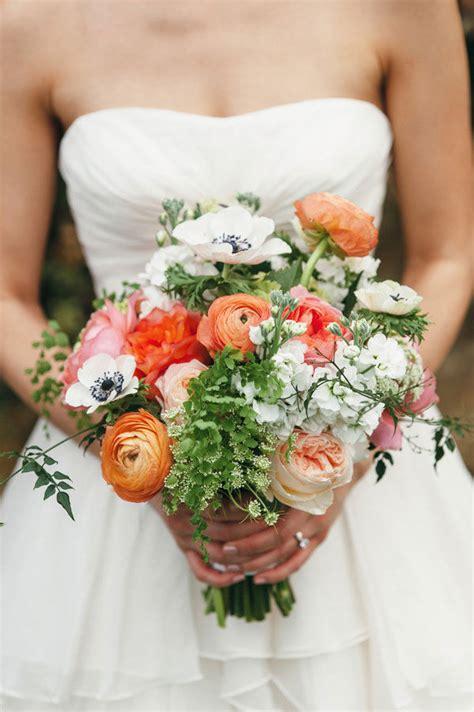 Centerpieces Vase Ranunculus Wedding Bouquets Amp Centerpieces Mywedding
