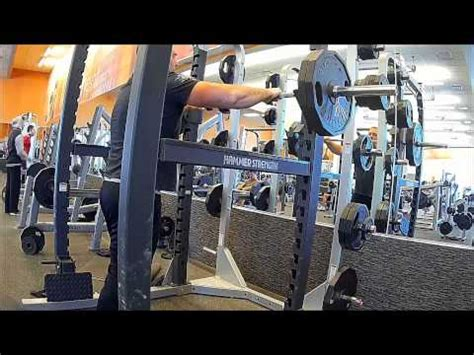 bench press by yourself how to video record yourself in the gym working out