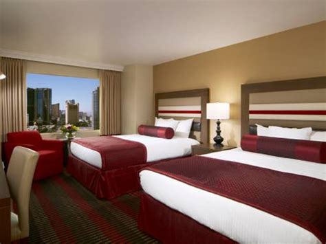 how to get free rooms in vegas stratosphere tower in las vegas nv free swimming pool outdoor pool restaurant