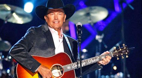george strait george strait honors wounded warriors in huge way during