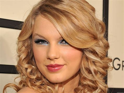 biography taylor alison swift hot bollywood scandals biography for taylor swift