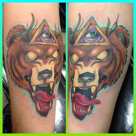 tattoo old school bear teknix new school illuminati bear tattoo that i made hit