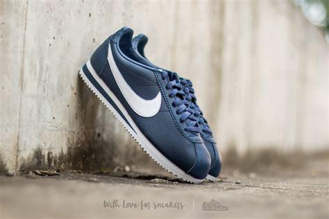 Sepatu Nike Classic Cortez nike cortez white and blue ash