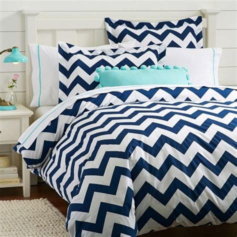 navy blue chevron bedding best 20 navy duvet ideas on pinterest navy blue comforter blue bedding and navy