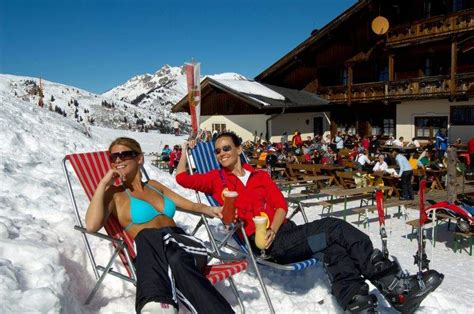 Ski Hutte by Ski Amade Week Oster Familie Aktion
