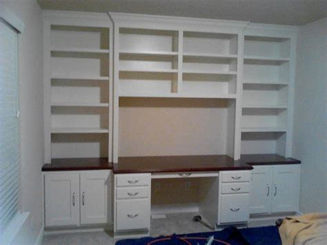 built in desk cabinets 25 best ideas about office cabinets on office