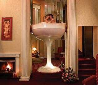 caesars pocono resorts in room chagne glass tub
