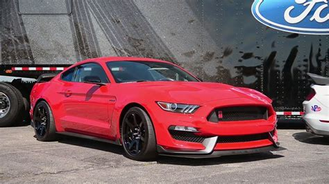 2016 mustang gt exhaust sound 2016 shelby mustang gt350r powerful exhaust sound