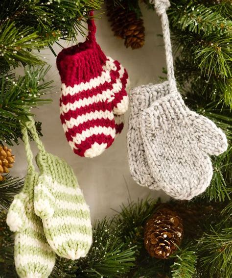 crochet pattern xmas 30 wonderful diy crochet christmas ornaments