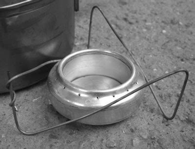 make your own gear the z stand pot stand revisited revised and relightened backpacking light
