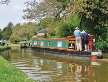 thames river boat hire reading boating holidays on the river thames