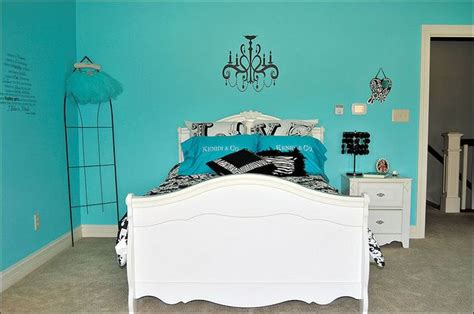 tiffany blue bedroom decor best 25 tiffany blue bedding ideas on pinterest room in
