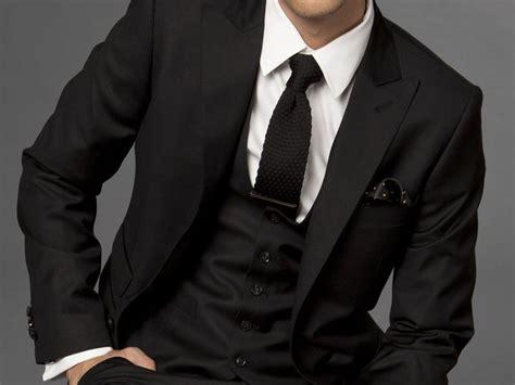 Bikin Setelan Jas 4 kesalahan fashion yang sering dilakukan pria mldspot