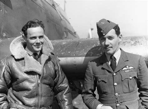 Jaket Bomber B G S R Wings Navy gloster gladiator updated photos hobbymaster calibre wings