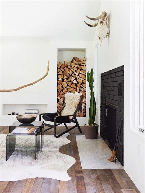 Cowhide Rug In Living Room - best 25 cowhide rug decor ideas on cowhide