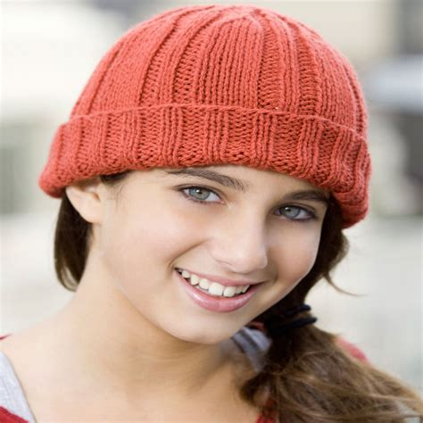 hat pattern red heart knit toboggan hat red heart
