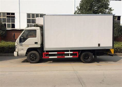 ton refrigerated box truck freezer delivery truck