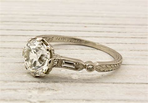 your guide to engagement rings the etsy