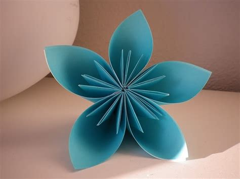 Flower Origami Tutorial - kusudama origami flowers tutorial things of interest