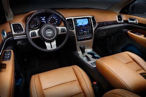 maserati jeep interior maserati suv may get hemi v8 not ferrari v8 after all