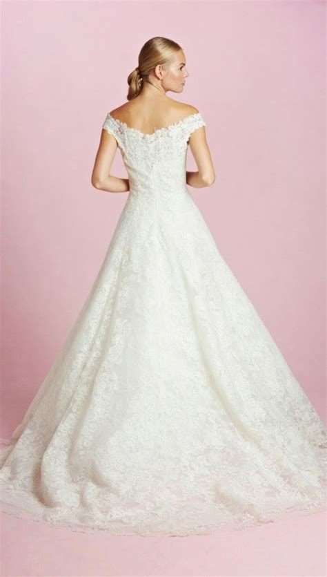 hochzeitskleid amal clooney amal clooney s wedding dress grace kennedy events