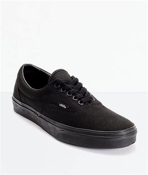 Jual Vans Era All Black vans era classic all black skate shoes zumiez