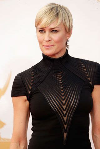 how to cut robin wright haircut emmys robin wright s boy cut hairstyling updos
