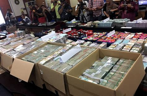 Memberi 10 Ribu Di Balas 10 Juta rasan terbesar sprm rm114 5 juta borneopost borneo malaysia sarawak daily news