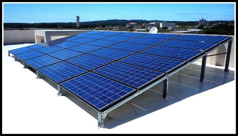 Solar Panel 200wp Luminous Solar Cell polycrystalline silicon solar cells on a roof in okinawa