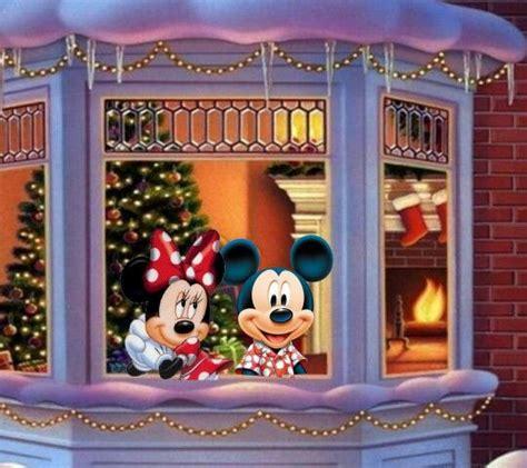 mickey  minne   window   christmas tree      fire place ons