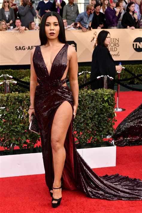 White Wine On Carpet by 2017 Sag Red Carpet Celebrities Flash Lots Of Legs And