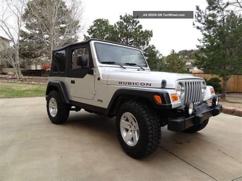 jeep rubicon silver 2 door 2005 jeep wrangler rubicon sport utility 2 door 4 0l