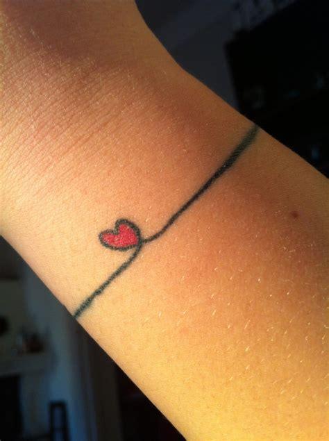 tatouage poignet femme en 30 id 233 es originales et discr 232 tes