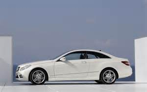 2010 Mercedes E Class E350 Coupe 2010 Mercedes E Class Coupe Side In White Photo 8