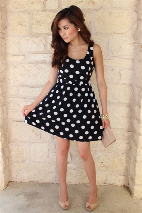 7 Ways To Wear Polka Dots by 40 Ways To Make Black And White Work For You Trendy
