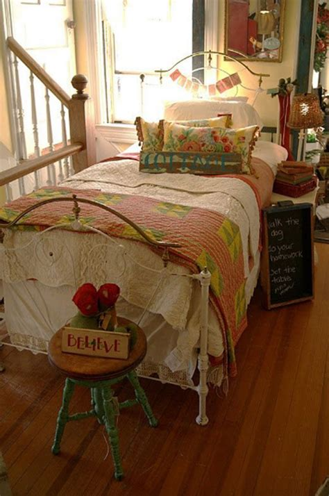 delightful Teenage Girl Room Colors #3: bright-vintage-bedroom-decor-for-girl.jpg