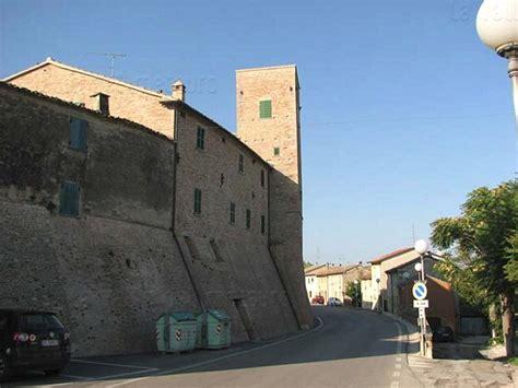 delle marche pesaro castelli italiani castelli delle marche provincia di