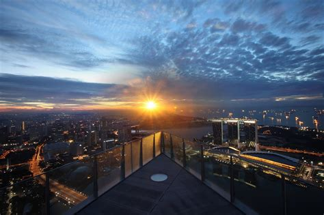 Roof Top Bars Singapore by Best Rooftop Bars In Singapore On The Move